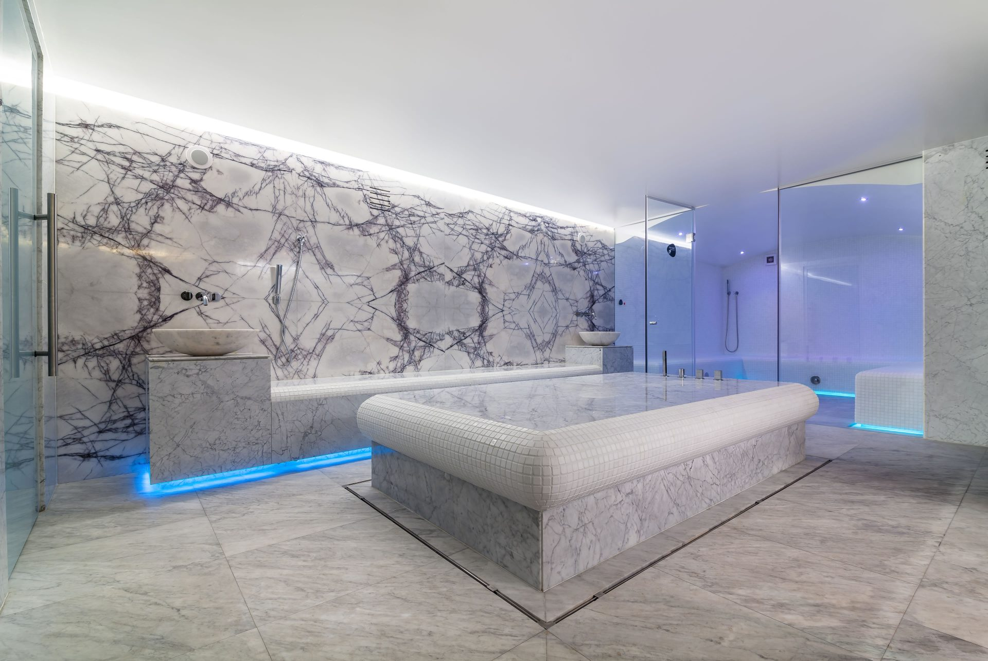 Wellness And SPA / Ana Wellness & SPA Crowne Plaza Bucharest